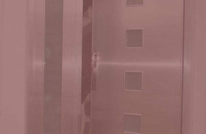 puertas de aluminio decorativas