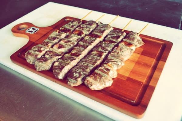 plato de carne angus