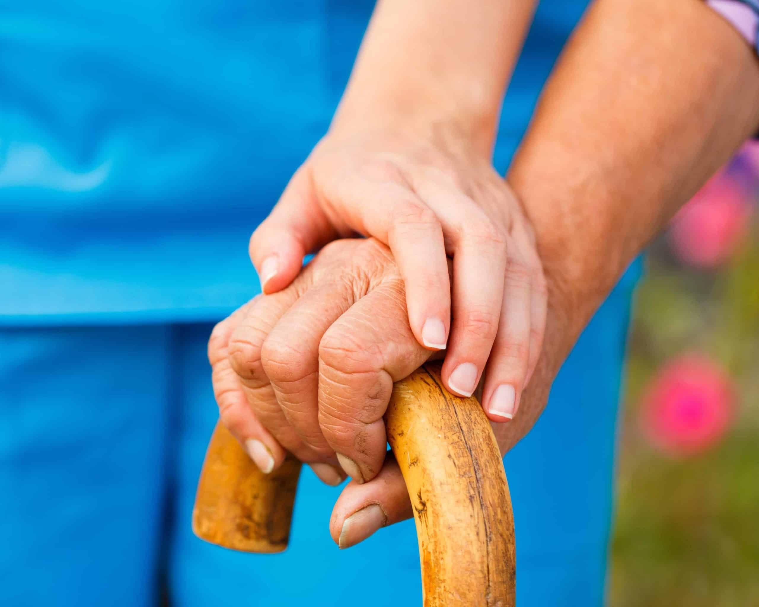 Servicio de cuidado de ancianos de noche